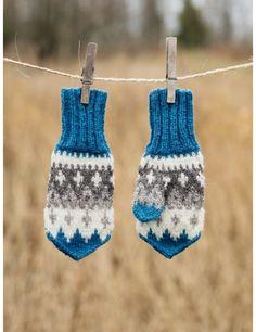 Knitting For Kids, Knitting Socks, Big Knit Blanket, Jumbo Yarn, Big Knits, Knit Pillow, Knitted Bags, Knitted Gifts, String Bag