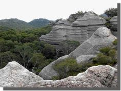 Pagoda Rock Formations at Ganguddy Dunn's Swamp - Wollemi National Park for camping buswalking birdwatching 25 km from Rylstone, 1 hour from Mudgee
