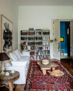 〚 Magnificent French-style apartment in Brussels 〛 ◾ Photos ◾Ideas◾ Design Living Room Color Schemes, Living Room Colors, Living Room Designs, Colourful Living Room, Living Room Modern, Living Rooms, Bohemian Chic Home, Carpet Colors, Modern Colors