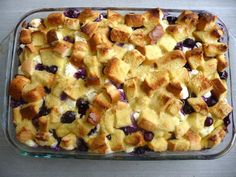 Overnight Blueberry French Toast an easy and delicious breakfast that you make up the night before and pop it in the oven in the morning when ready to eat Brunch Lori Bea. Breakfast And Brunch, Breakfast Dishes, Breakfast Recipes, Breakfast Casserole, Breakfast Ideas, Overnight Breakfast, Blueberry Breakfast, Morning Breakfast, Breakfast Strata