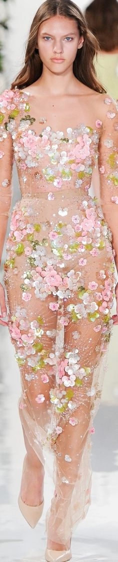 Valentin Yudashkin SS 2015, Paris Fashion Week