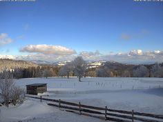 Jura-Höhenweg, Chasseral - Vue des Alpes   Berner Jura Tourismus (Schweiz)   Wanderung Hotels, Das Hotel, Saints, Snow, Outdoor, Alps, Secret Places, Exploring, Law School