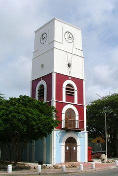 Aruba - Oranjestad Lighthouse by Larry Myhre, via Flickr