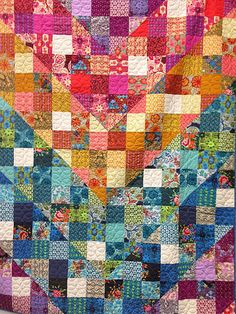 I would LOVE to be able to make this, but never tried quilting before. Still... Anna Maria Horner True Colors quilt