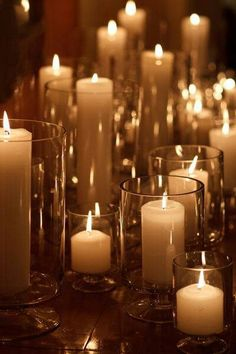 Use #OIADesign candles around the house to set a #romantic mood. #Candles #Inspiration #HomeDecor