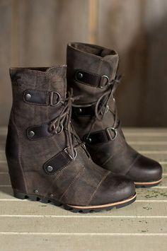 Women's Wedge Mid Waterproof Leather Boots – Bottes Sorel Joan Of Arctic, Joan Of Arctic Wedge, Cute Shoes, Me Too Shoes, Women's Shoes, Dance Shoes, Bootie Boots, Shoe Boots, Sorel Wedge Boots