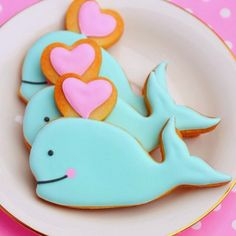 Cute Valentine's Day Dessert- Whale heart cookies made by Sweet Bake Shop #Valentine cookies #treats | http://www.sassydealz.com/2014/01/cute-valentines-day-dessert-treat-ideas.html