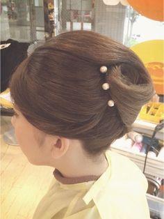 夜会巻きヘアアレンジ結婚式髪型 カッチリアップ!夜会巻き!