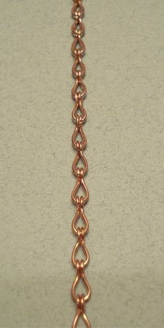 Learn How to Create Your Own Jewelry Chains Done this- works well with graduated size of links on necklace.