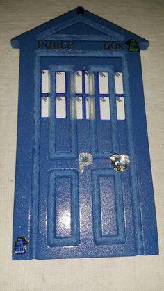 Dr who themed tardis fairy door