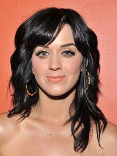 For the cut and color. Shag Hairstyles, 2015 Hairstyles, Celebrity Hairstyles, Medium Hair Styles, Curly Hair Styles, Mid Length Hair, Hair Dos, Hair Lengths, Hair Trends