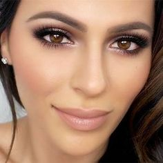 38 Best Eye Makeup Ideas for Brown Eyes - makeup tutorials makeup items - Brautjungfern make-up Wedding Makeup For Brown Eyes, Wedding Makeup Tips, Natural Wedding Makeup, Wedding Hair And Makeup, Wedding Beauty, Natural Makeup For Brown Eyes, Winter Wedding Makeup, Soft Bridal Makeup, Natural Brown