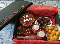 Imagem relacionada Boyfriend Gifts, Valentines Day, Diy Gifts, Breakfast, Couples, Box, Cake, Dating Anniversary, Surprise Boyfriend