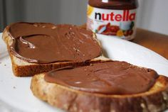 Bread with Nutella:the best! ....my job....