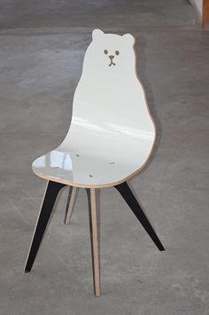 Product Placement - krzesło MIŚ, białe
