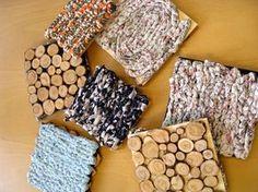 Kaksipuoleinen pannunalunen Wooden Crafts, Diy And Crafts, Arts And Crafts, Diy Projects To Try, Projects For Kids, Nature Crafts, Handicraft, Fiber Art, Pot Holders
