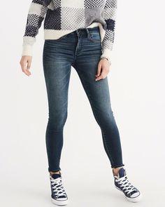 4bb11e4b4e7 A amp F Women s Supersoft Super Skinny Dark Wash Jeans in Blue - Size 27  Pant