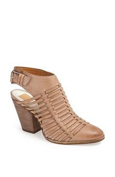 Dolce Vita 'Harolyn' Bootie leather taupe, black 3.25heel sz7.5 188.95