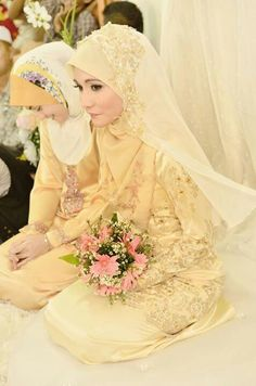 1000 images about islamic wedding dress on pinterest for Wedding dress malaysia online