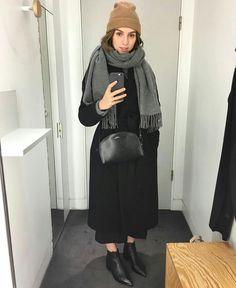 @brittanybathgate instagram. Winter minimalist fashion