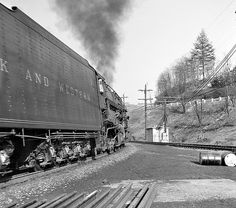 N&W 2080 - Bluestone Junction | Until looking at the scan, I… | Flickr