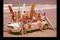 Vintage Photos Of California Beach And Surf Culture Of The And Surf Vintage, Surf Retro, Vintage Beach Party, Photo Vintage, Vintage Photos, Vintage Ideas, Retro Vintage, Brisbane, Melbourne