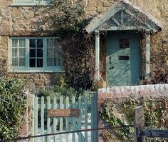 the holiday cottage  My favorite movie!!!!