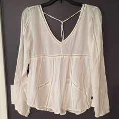 Long Sleeve Peasant Top Super cute & brand new Abercrombie & Fitch Tops Blouses