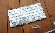 ruutujen yhdistäminen - ruutupunontaa Korn, Computer Keyboard, Creations, Crafts, Diy, Paper Engineering, Manualidades, Computer Keypad, Bricolage