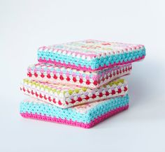 Inspiration: Granny Square Seat Cushion [NOTE: use high density foam block as floor cushion, cover with fabric/granny square or just with modified granny square]
