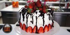 Τούρτα με φράουλες και σοκολάτα Cake, Party, Desserts, Food, Tailgate Desserts, Deserts, Kuchen, Essen, Parties