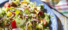 Texmex-salaatti Mozzarella, My Cookbook, Wrap, Tex Mex, Cobb Salad, Easy, Good Food, Mexican, Dinner
