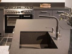 Modern Landelijke keuken Sink, Home Decor, Sink Tops, Interior Design, Home Interior Design, Sinks, Vanity, Home Decoration, Decoration Home