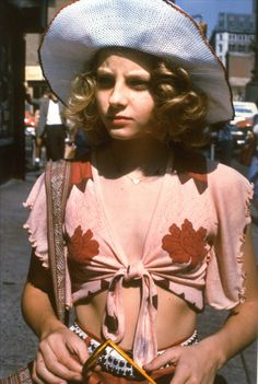 Jodie Foster in Taxi Driver – 1976  ... reminds me of another Anais, not in look, just an earlier nod to something that would come later on.