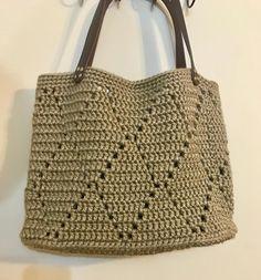 Crochet Sheep, Crochet Tote, Crochet Purses, Bead Crochet, Crazy Patchwork, Patchwork Bags, Quilted Bag, Crochet Handles, Bag Pattern Free