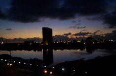 Anoitecer na Rua da Aurora Recife-PE-Brasil