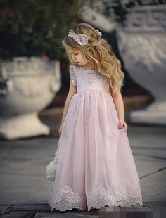 This design is all about lace ruffles on the armhole and made in the sweetest shade of pink. Pink Flower Girl Dresses, Tulle Flower Girl, Frilly Dresses, Wedding Dresses For Girls, Dressy Dresses, Little Girl Dresses, Girls Dresses, Cute Girl Outfits, Kids Outfits