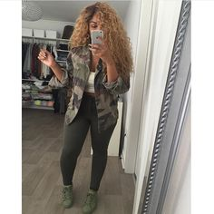 """""""Eva Camo Jacket   Anya Ribbed Top   Megan Skinny Jeans  .. ALL available on the site now!! #style #styleinspo #fashion #fashioninspo #flygirls…"""""""