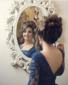 It worked now I just hope I don't forget how to. Be the most beautiful girl at the dance. Pakistani Wedding Outfits, Bridal Outfits, Wedding Dresses, Fancy Hairstyles, Bride Hairstyles, Hairdos, Bridal Makeover, Front Hair Styles, Bridal Photoshoot