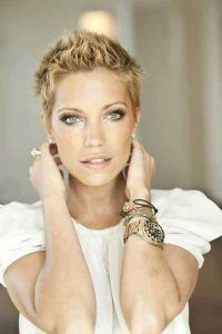 short hairstyles for women spiky pixie