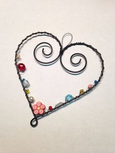 Ecosia - the search engine that plants trees Wire Jewelry, Pendant Jewelry, Beaded Jewelry, Wire Crafts, Metal Crafts, Crafts To Sell, Diy And Crafts, Easy Valentine Crafts, Valentines