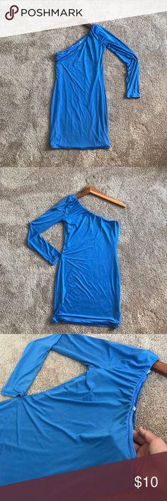Genie Blue Dress💙 Off shoulder blue mini dress. Fashion Nova Dresses Mini