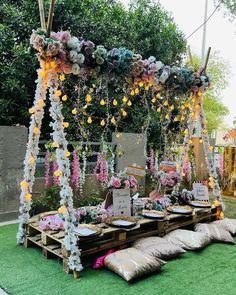 Wedding Set Up, Home Wedding, Wedding Ideas, Wedding Lounge, Wedding Reception, Wedding Planning, Dream Wedding, Wedding Vendors, Wedding Events