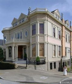 San Francisco has some of the most amazing old houses in the country. I could look through their real estate listings all day. But this 1894 mansion in Pacific Heights really made my jaw drop, from the dramatic staircase to the stained-glass dome. It went on the market a few months ago for $12.5 million–take a look!