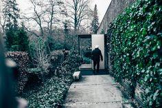 Hemma hos Knud Holscher Decorating Blogs, Denmark, Beautiful Homes, Sidewalk, Exterior, Dom, Danish, 1960s, Houses