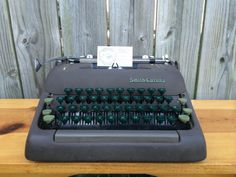 1950s Vintage Manual Smith-Corona Silent Typewriter