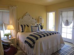 Hope and Glory blue and yellow bedroom