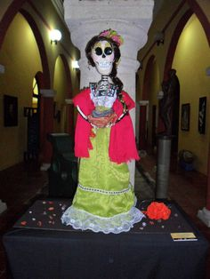 Catrina Pregonera, Autor: Jan Ceuppens, Informes: maragabo@hotmail.com