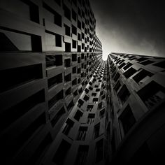 Walls of Steel par Alexandru Crisan, Photographie - Art Limited Abstract Photography, Image Photography, Beautiful Comments, Monochrome, Nude Portrait, Photo Composition, Urban, Oeuvre D'art, Architecture