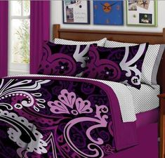 Black & Purple Bold Teen Girls Twin Size Comforter Set (6 Piece Bed Bag)